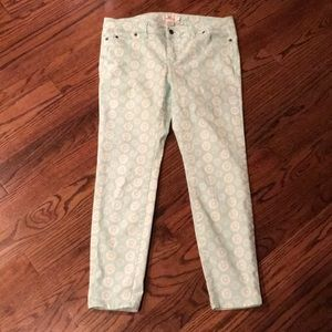 Vineyard Vines Aqua with White Medallion jeans 10